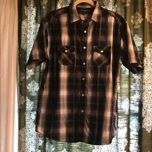 Mens casual short sleeve button down shirt